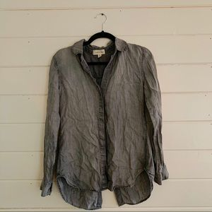 Cloth + Stone button down shirt size Small